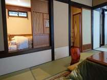 ベッドルームと和室は戸で仕切れます