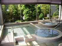 大浴場(洋風) 高温サウナ・ミストサウナ・ジャグジー・薬草湯、森の香湯(週替り)も好評です!