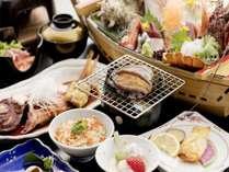 ~不知火会席~メイン料理は、イセエビのお刺身・金目鯛の煮付け・アワビの躍り焼き・旬のお刺身の船盛