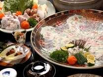 冬限定!とらふぐ尽くしのコース料理(ふぐ刺しとお鍋は5人前です。)