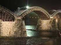 当庵社長が撮影した雨の夜の錦帯橋