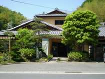 坂口温泉小三荘