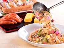 長崎名物、細麺皿うどん。パリパリ麺の上から甘く優しい味の野菜たっぷり庵をかけてお召し上がり下さい。