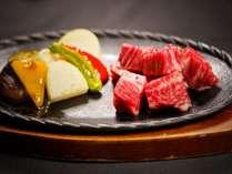 黒毛和牛サイコロステーキセット/例