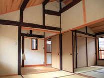 天井が高いのでコンパクトながらも広々とした空間です