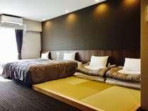 【35㎡のツイン和洋室】3名様以上宿泊時は、畳スペースに布団をセット(最大2枚迄)