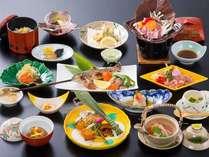 地元の旬の食材を活かした和食膳(写真は一例になります)