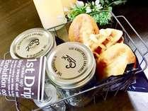<軽めの朝食> パン・スープ・サラダ等