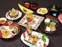 海の幸いろいろのお造り、穴子のすき鍋、牛肉低温ロースト等をご堪能いただけるお食事
