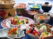 旬の素材の持ち味を活かす、薄味で上品な京会席。是非ご賞味下さい。