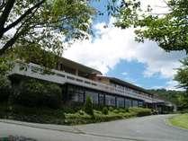 爽やかな高原の風が吹き抜ける南阿蘇のホテルです。