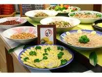 手作り辛子レンコンを中心とした郷土料理。