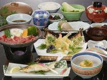 地元産の食材を使ったお料理からも季節の移り変わりを感じて頂けます。