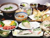 秋のグルメコースです。地元産の食材を使ったお料理からも季節の移り変わりを感じて頂けます。