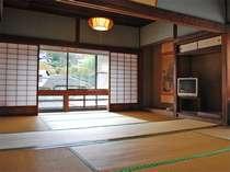 5~6名様におすすめの和室12畳♪当館で一番広いお部屋です。ご予約はお早めに~。