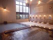 古くから湯治客に愛される俵山温泉。芯から温まる温泉です。ゆったりとお過ごしください。