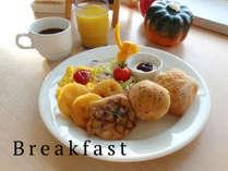 朝食は洋食・和食の日替わりです。
