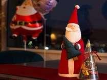 サンタがお部屋でお出迎え。