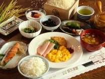 体の資本は朝食から!当館で作った「切久保米」を中心とした、朝食をお召し上がりください。