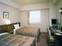 ツインルーム120cm幅ベッドご用意完備!