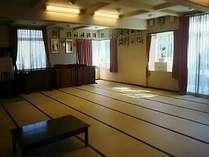 広々48畳の食堂