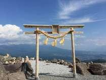 天空の【車山神社】鳥居が新しくなり、御柱も建て替えられます♪