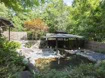 【新緑の露天風呂】竹織の湯「男性用大浴場」