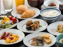 【朝食イメージ】ブッフェスタイルでご朝食をお召し上がりいただけます。