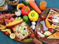 自家栽培の高原野菜や果物をたくさん使用したお料理が自慢!是非食べに来てください♪
