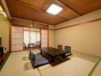 *【和室10畳(東館)】バス・洗浄機付トイレ