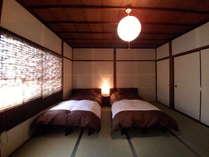 静かな寝室(ベッドは2台のみで他布団をご用意しております)