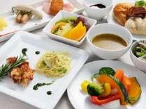 【北海道産食材を中心とした和洋朝食ビュッフェ】
