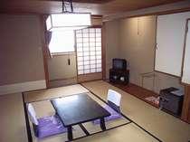 お部屋はこだわらない方お勧め、和室10畳+小さな広縁・ハ゛ストイレ付きCタイフ°