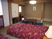 1室のみ和洋室の合計12畳、ツインベッドのお部屋Bタイプ。