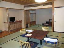 10畳+4.5畳+広縁、二間続きのハイクラスなお部屋Aタイプ