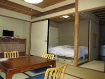 10畳+4.5畳+広縁、二間続きのハイクラスなお部屋Aタイプへ、移動ベット2台設置例