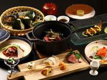 【夕食】常盤屋の創作≪和×フレンチ≫フルコース料理。季節の旬と素材を活かした料理の数々。