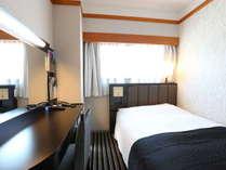 本館シングルルーム(広さ12平米/ベッド幅120cm)