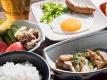*【朝食一例】島の食材を使った島料理