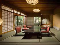 【迎賓館 古金欄】国内外の要人の方々も逗留いただく、海石榴で最上級のお部屋です。