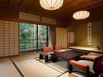 【迎賓館 光源氏】重厚感あるお部屋は、贅を極める方におすすめです。