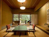 【露天風呂付和室 空蝉】趣のある純和風の本間。1室のみの人気のお部屋です。
