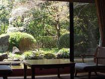 ■春はお部屋から桜が見えます。