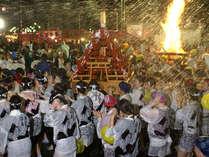 ■湯河原温泉の伝統行事【湯かけまつり】(5月)