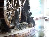 【カップル・ご夫婦】湯ったり温泉二人旅<貸切風呂も満喫>◎バイキング食べ放題+飲み放題◎