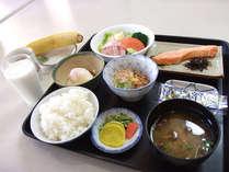 *朝は、バランスの取れた和食でお目覚めください♪(朝食一例)