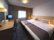 スタンダードツイン18平米 / ベッド幅110cm