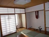 201広縁付きアジアン風の和室