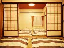 ・201号室:二間続きの和室