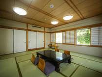 『和室』畳12帖の角部屋です。